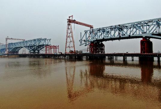 郑济高铁郑州黄河特大桥建设工程有序复工