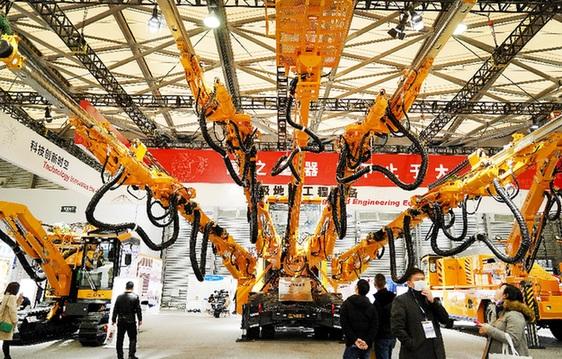 重型机械齐聚上海机械展